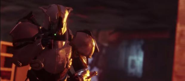 A Guardian and his TLW hand cannon. [Image source: destinythegame/YouTube]