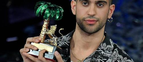 Sanremo, vince Mahmood e piovono insulti sui social