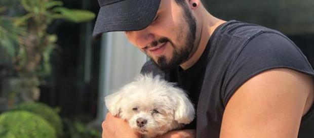 Cantor enfrentou apuros com seu pet (Reprodução/Instagram)