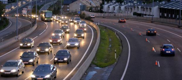 El tránsito vehicular es uno de los grandes retos en las metrópolis... - dgt.es