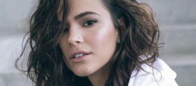 Tatuagem de Bruna Marquezine gera discussão na web, e tatuadora defende a atriz: 'parem'