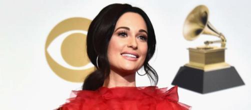 Kacey Musgraves durante a premiação do Grammy (Reprodução/Instagram)