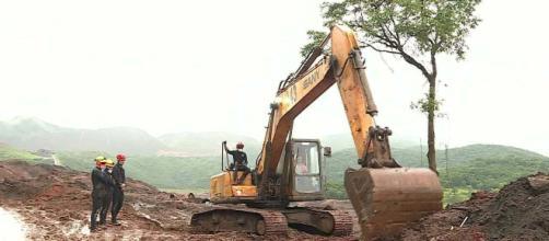 Vale obteve autorização do governo de MG para obras que colocavam barragem em risco. (Reprodução/GloboNews)