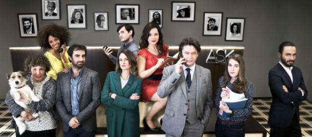 """Dix pour cent"""" : la saison 4 en tournage avec toujours plus de stars autour de l'équipe Huppert, Dujardin... - francetvinfo.fr"""