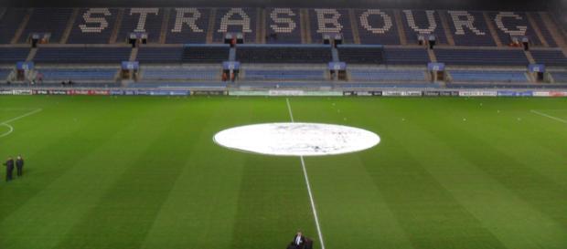 Racing Club de Strasbourg Alsace   Au Coeur de l'Amiens SC Football - wordpress.com