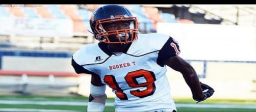 Javian Hester would be a great get for Nebraska [Image via MaxPreps/YouTube]
