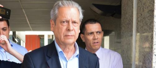 José Dirceu critica o próprio PT em evento - (Foto: Fabio Rodrigues Pozzebom/Agência Brasil)
