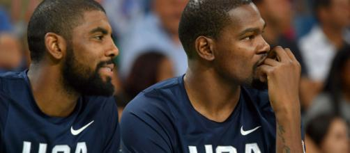 Kevin Durant et Kyrie Irving se rejoindront-ils à New York cet été ? - sportingnews.com