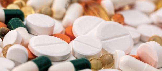 Dos fármacos antitiroideos podrían causa pancreatitis, según Sanidad
