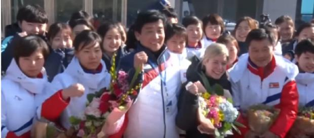 Korean Women's Ice Hockey Teams Unite Before 2018 Winter Olympics. [Image source/VOA News YouTube video]
