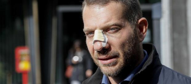Pescara, nuovamente aggredito il giornalista Rai, Daniele Piervincenzi, insieme alla sua troupe