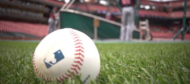 Spring Training 2019 has arrived! [Image via ehomehow/YouTube]