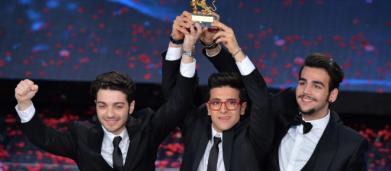 Sanremo, Il Volo primo al televoto ma quattordicesimo nei passaggi radio