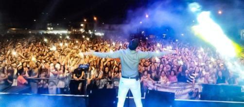 Gianluca Capozzi raggiunge quota 700 mila views su YouTube per il nuovo singolo