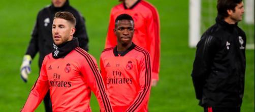 Sergio Ramos está preocupado com Vinícius Jr (Foto: UEFA)