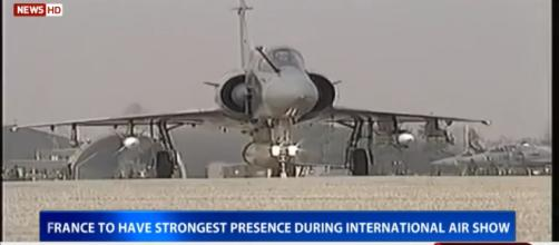 The Rafale fighter landing at Banagalore (Image Credit: DD News/Youtube screenshot)