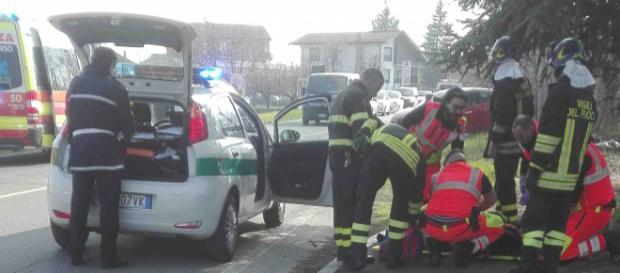Calabria, grave incidente stradale: ferito 19enne. (foto di repertorio)