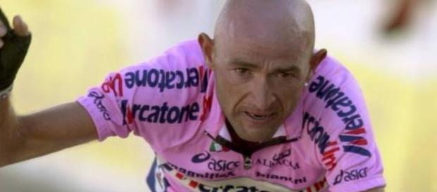 Marco Pantani, l'ultimo campione a vincere Giro e Tour nello stesso anno