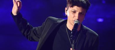 Ultimo, la confessione sui cantanti 'di nicchia' che non sopporta: 'Mi stanno sulle p....'