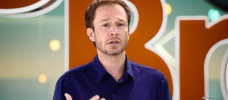 Tiago Leifert no BBB19 (Reprodução TV Globo)