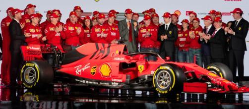 Detalhes na pintura chamaram a atenção no novo carro da Ferrari (Foto: Divulgação/ Ferrari)