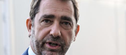 "Gilets jaunes"" : Castaner affirme que sa maison ""a été attaquée"" - rtl.fr"