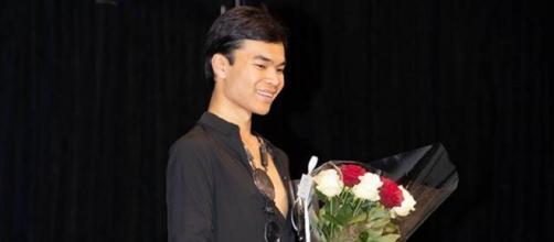 Pour le final Jérémy Bellet est monté sur scène. 1 500 euros récoltés lors du gala pour le secours populaire.