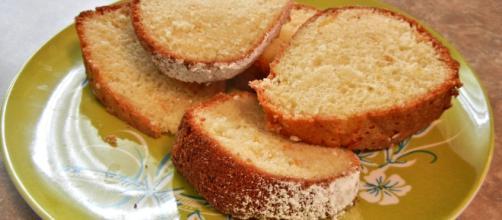 Sponge cake baked and sliced {Source: pixel 1 - Pixabay]