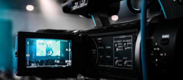 Casting per il film 'Favolacce' e il talrnt di LA7 'The Coach'