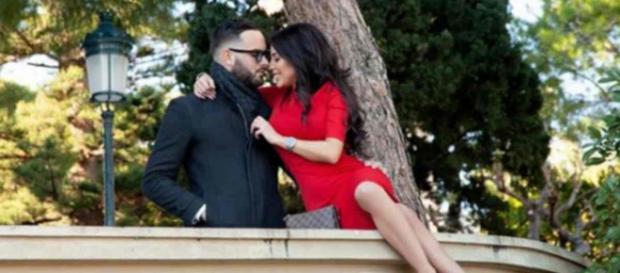 Nikola Lozina et Laura Lempika officiellement fiancés pendant leur séjour en Italie pour la Saint-Valentin.