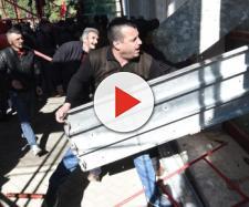 Caos a Tirana, l'opposizione assalta la sede del governo