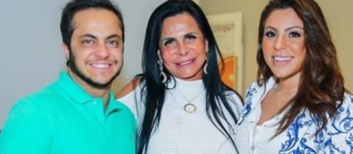 Gretchen com o filho Thammy e a nora Andressa Ferreira. (Foto: Reprodução Instagram)