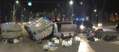 Ferrara, rivolta di decine di immigrati in strada, Salvini: 'Roba da matti'