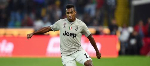 Alex Sandro: 'La Juventus entra sempre in campo per vincere'