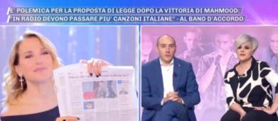 Dalla D'Urso si parla della proposta di legge per le radio: 'Una canzone su tre italiana'