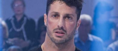 Fabrizio Corona punge ancora Fedez: 'Ti ricordi quella sera a casa mia con due amici?'