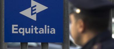 Guardia di Finanza indaga cinque istituti bancari, fra cui Intesa San Paolo: truffa da 700 milioni