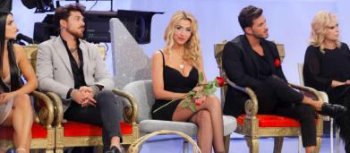 Spoiler Uomini e Donne: Natalia vicina al bacio con Andrea, Ivan senza parole