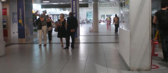 Roma: principio d'incendio all'aeroporto di Ciampino, disagi per i passeggeri