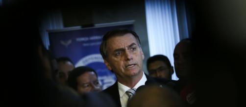 Bolsonaro leva bronca de médicos por ter conversado com ministro (Foto: José Cruz/Agência Brasil)