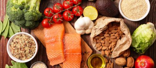 Dieta efficace per il lupus eritematosus sistemico, ad azione antinfiammatoria.