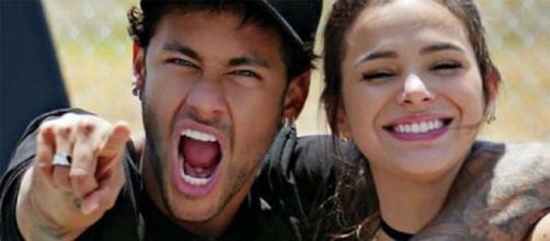 Ex-namorados, Neymar Júnior e Bruna Marquezine (Imagem: Reprodução/Dicas para Elas)