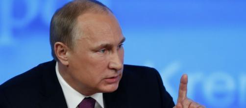Vladimir Putin: 'Usa fuori dal trattato Inf? Lo sospendiamo anche noi'