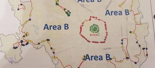 Milano 'cambia l'aria': al via tra le polemiche l'Area B, la ztl più grande d'Italia
