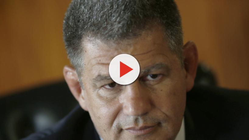 Gustavo Bebianno afirma que foi demitido pelo filho de Jair Bolsonaro