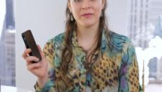 Usa, la sfida di Elana: un anno senza telefono per vincere 100mila dollari