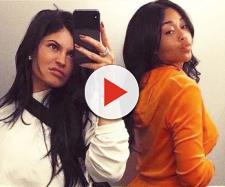 Anéantie par la trahison de sa meilleure amie Jordyn Woods, Kylie Jenner la force à déménager de chez elle.