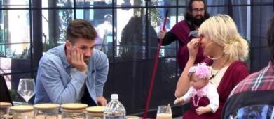 Sofía, atónita en redes tras acariciar Alejandro Albalá a Ylenia en una zona íntima