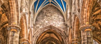 La máxima jerarquía de la Iglesia católica pide perdón