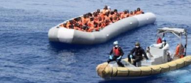 Migranti: prezzi e offerte degli scafisti su Fb, lo scoop del Tg1 condiviso da Salvini